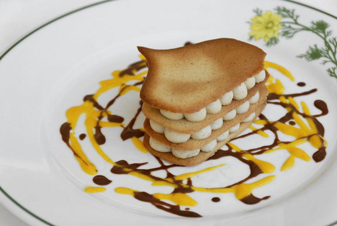 restaurant-adonis-03