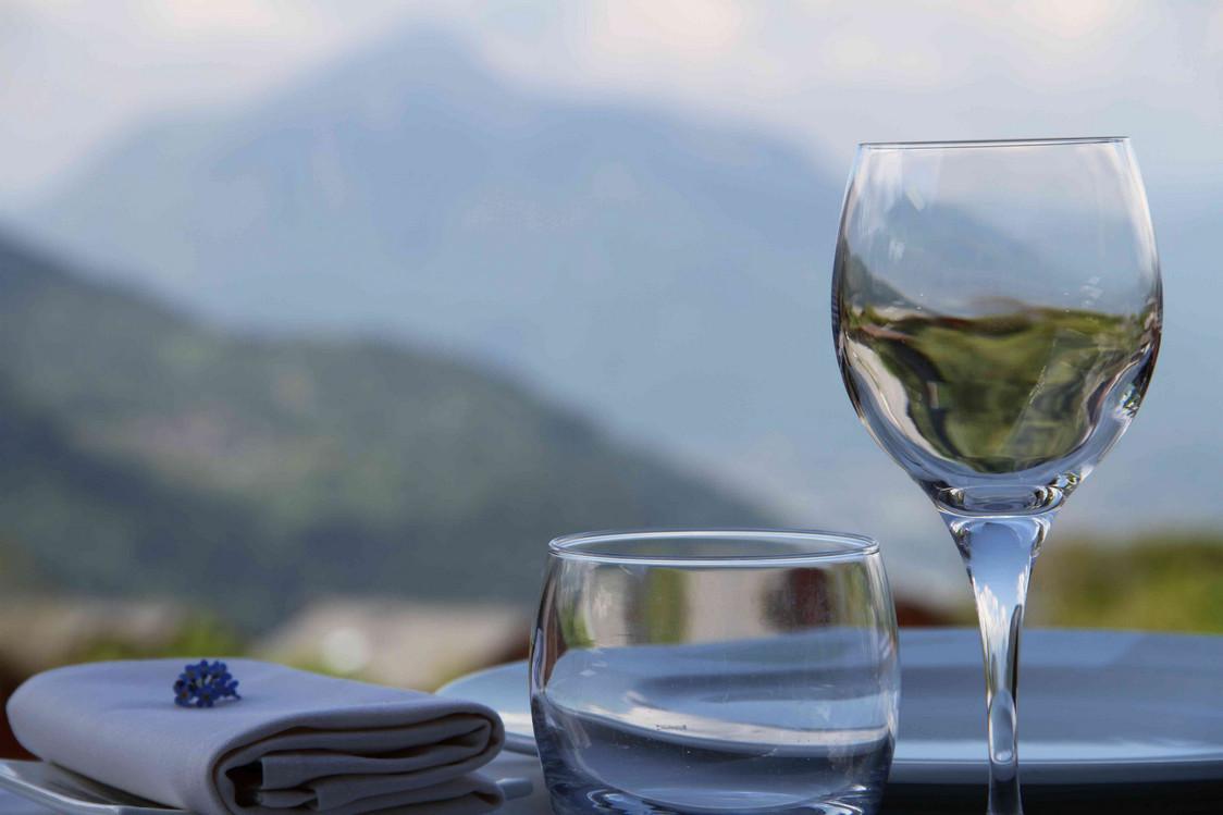 Terrasse Restaurant Gastronomique La Croix de Savoie - Crédit La croix de Savoie (25) - copie