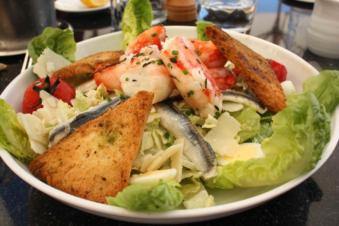 crabe-royal-en-cesar-salade-p-faus