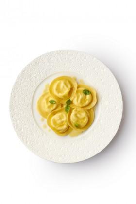 le-george-tortelli-ricotta-close-up