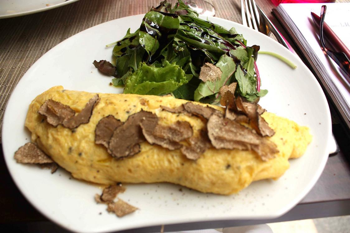 omelette-aux-truffes-gourmetsco