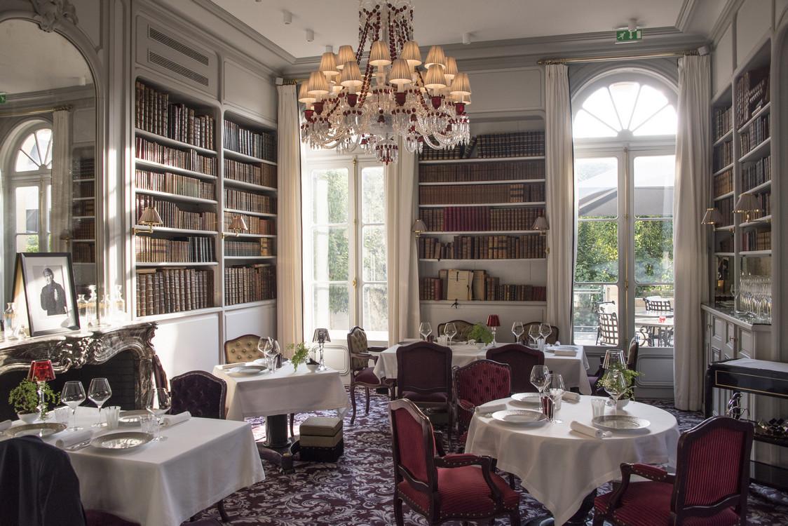 Pierre gagnaire la grande maison gourmets co for Restaurant salle a manger