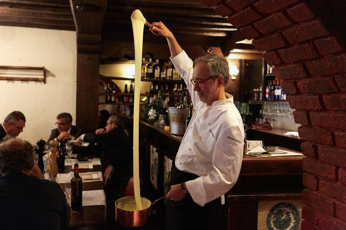 Ambassade d auvergne menu r veillon gourmets co for Jardin lazare rachline rue payenne paris 3eme