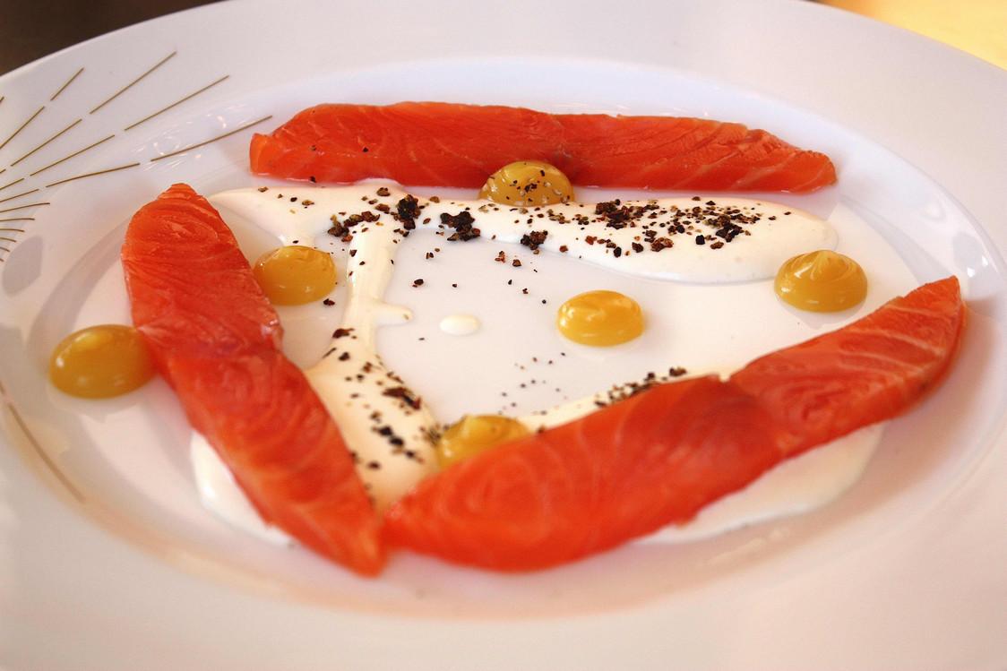 saumon-au-poivre_genievre-gourmetsco-copie-2