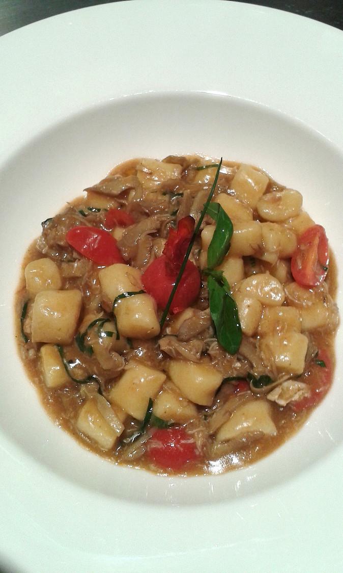 Gnocchis, araignée, bisque de crustacés © Gourmets&Co