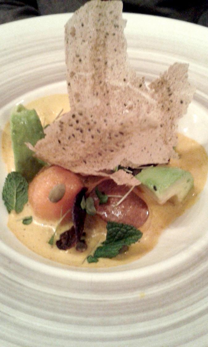 Oeuf poché, mousse de vieux Parmesan © P.Faus Gourmets&Co