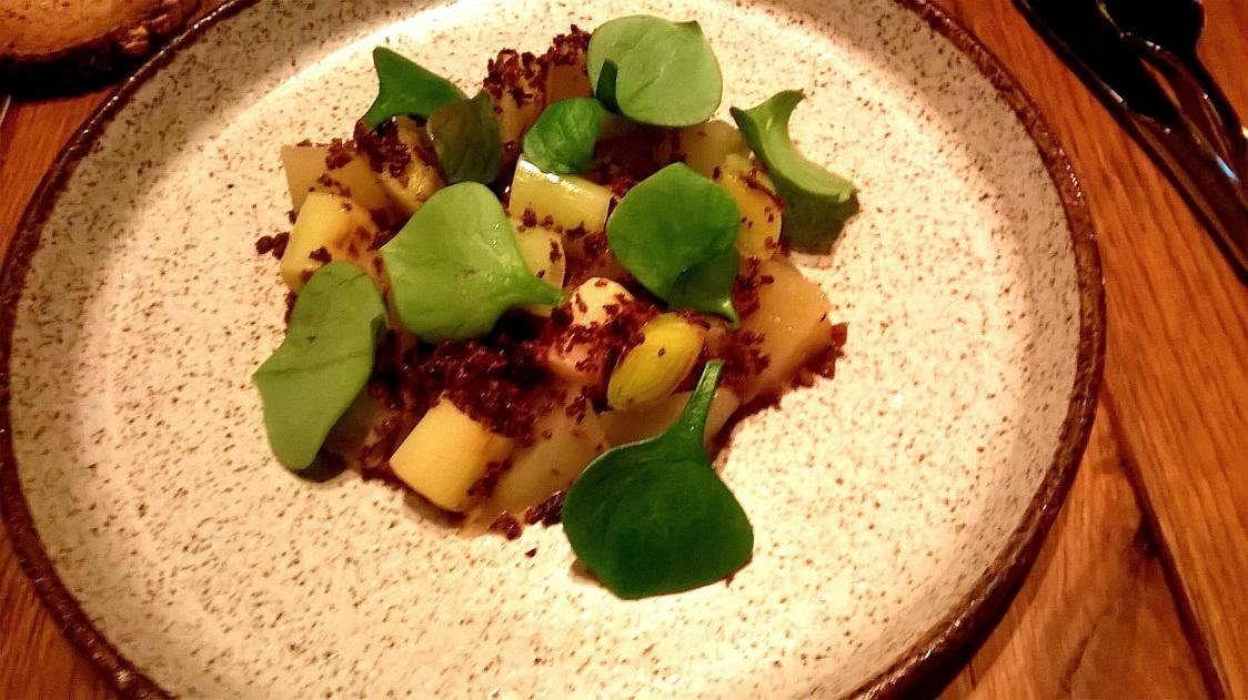 poireaux, poire de terre, anchoiade, olives © Gourmets&co