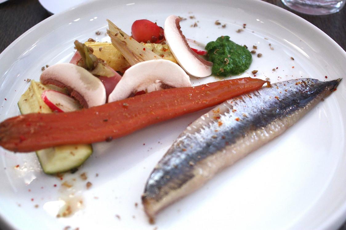 Sardines fumées, légumes à la grecque © Gourmets&Co - copie