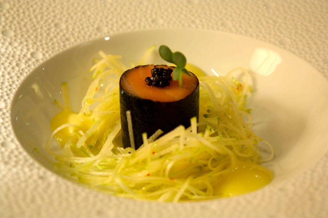 Saumon bio tourné au mori © Gourmets&Co