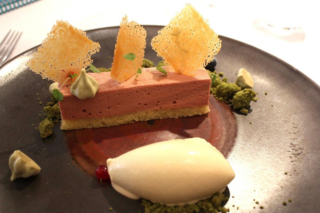 Dessert cassis © Gourmets&co