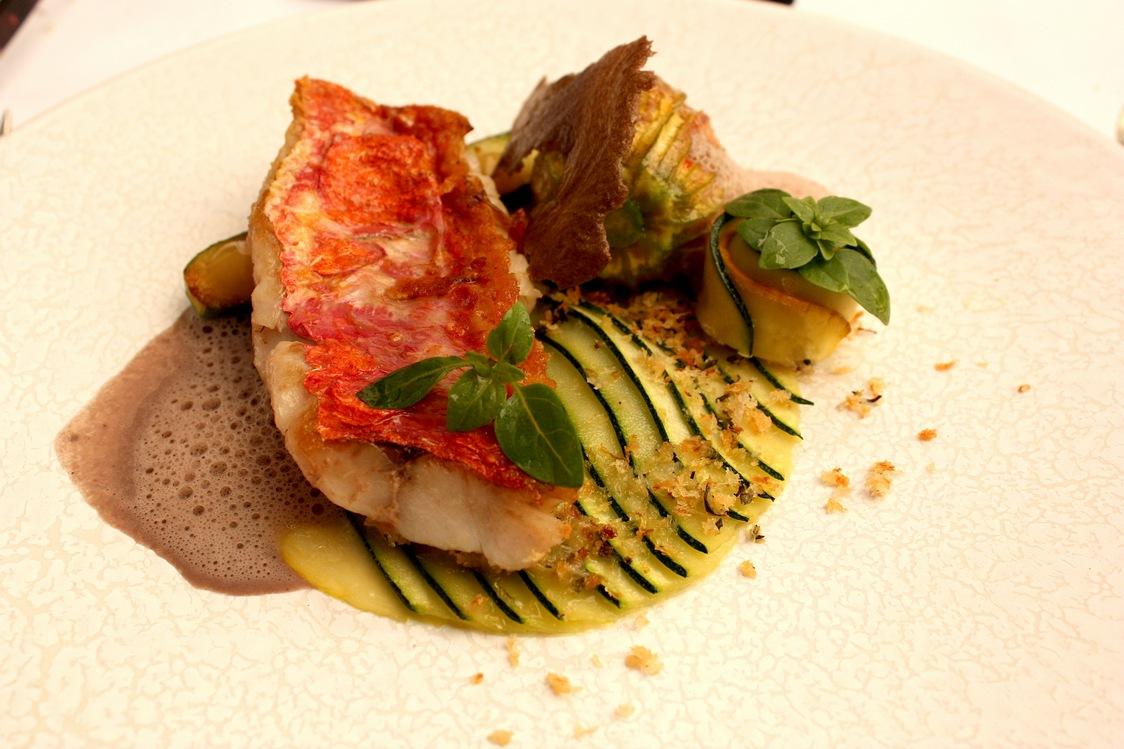 Filet de rouget à la plancha © Gourmets&Co