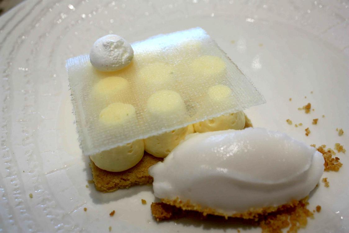 Sablé breton, crémeux citron, sorbet citron © Gourmets&Co