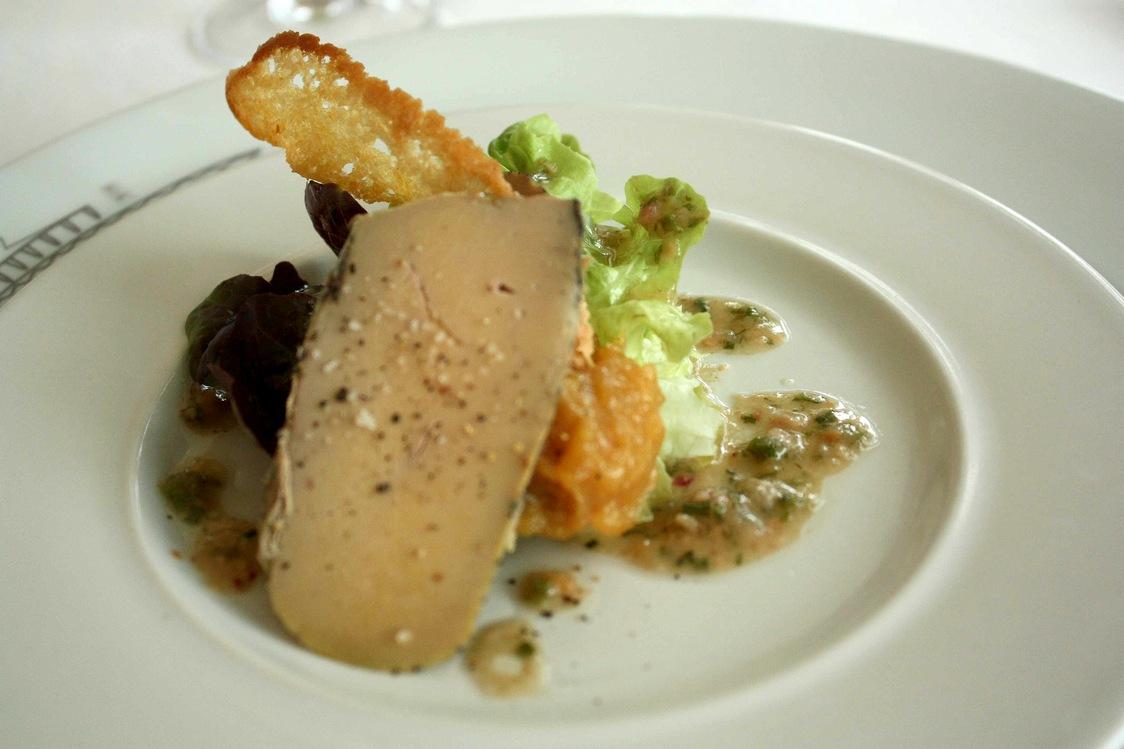 Foie gras confit … © Gourmets&Co