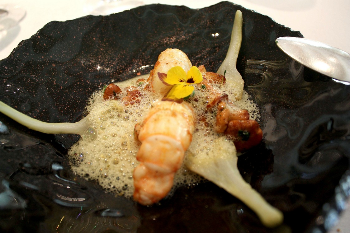 Langoustine, artichauts, girolles © Gourmets&Co
