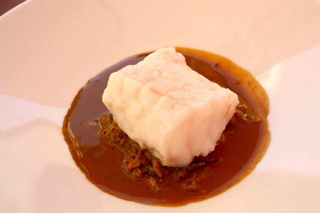 Lotte vapeur, bisque langoustines © Gourmets & co