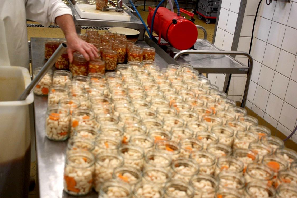 Préparation des haricots tarbais © Gourmets&Co