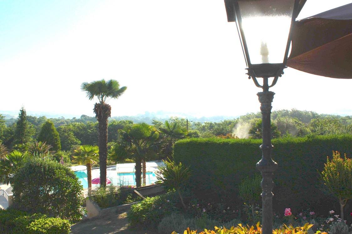 Vue de la terrasse © Gourmets&Co. - copie