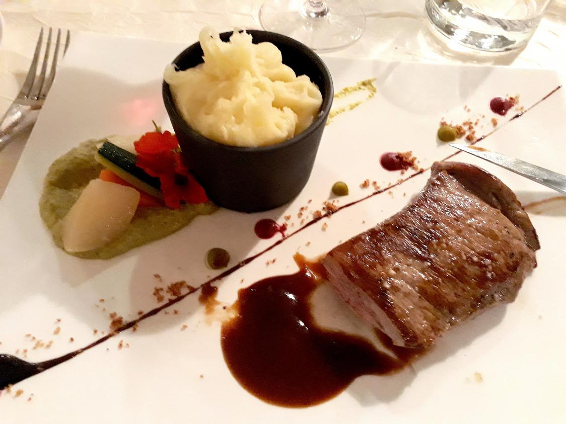 Bavette de veau, aligot © Gourmets&Co
