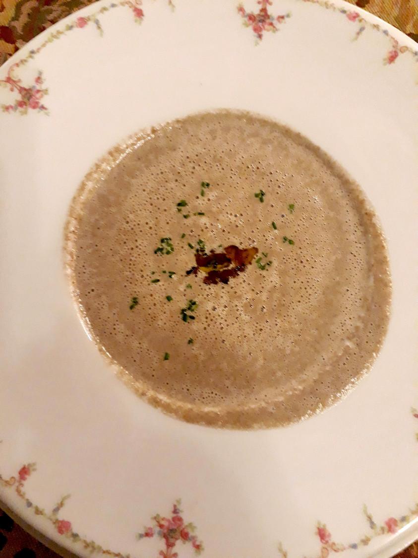 Crème de champignons, truffe © Gourmets&Co