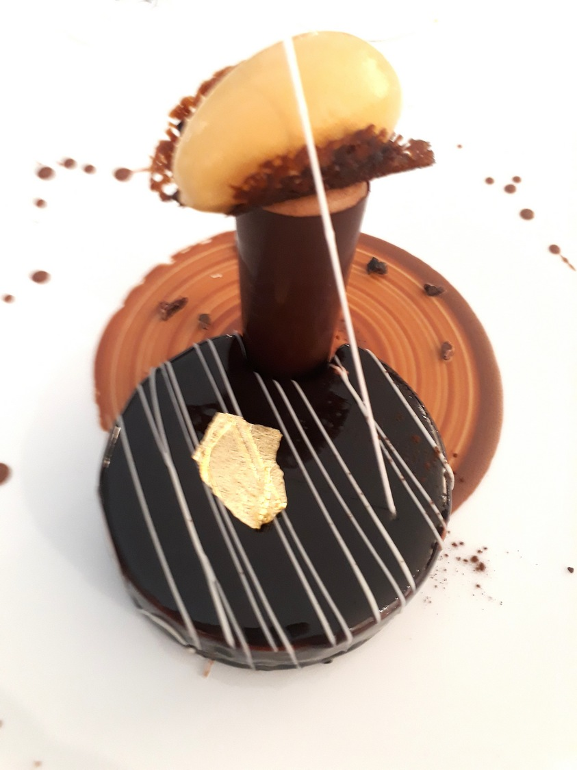 Guy Martin_ Chocolat, noisettes, pralin © Gourmets&co