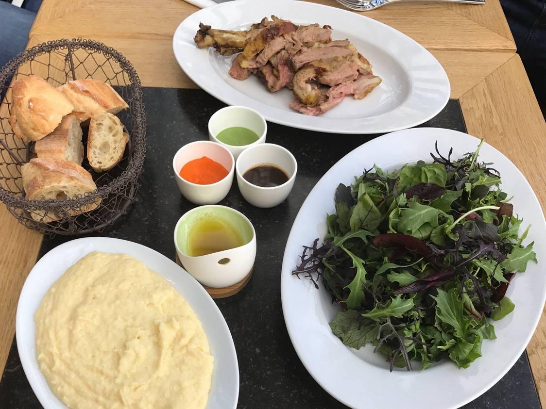 Agneau, polenta, mesclun (1)