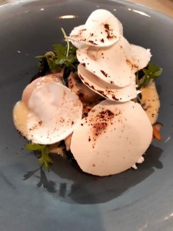 Fricassée de supreme de volaille, foie gras, .._ © Gourmets&co