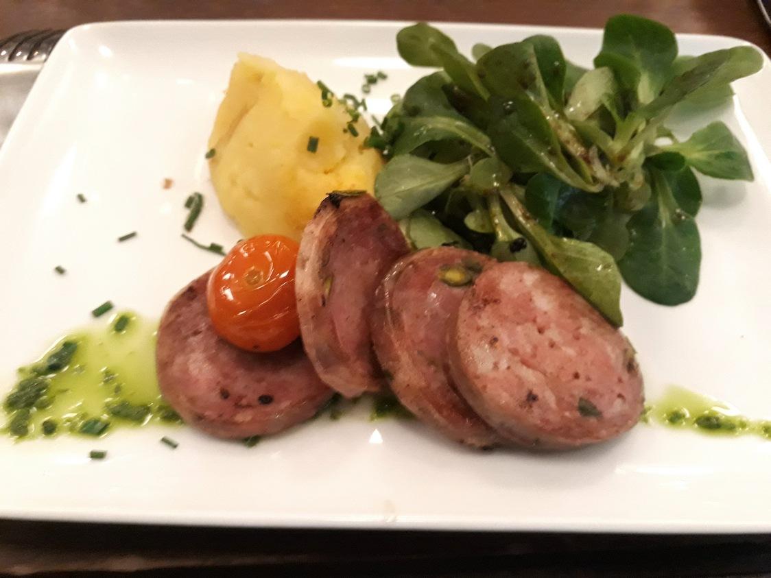 Saucisson à cuire, purée © Gourmets&Co