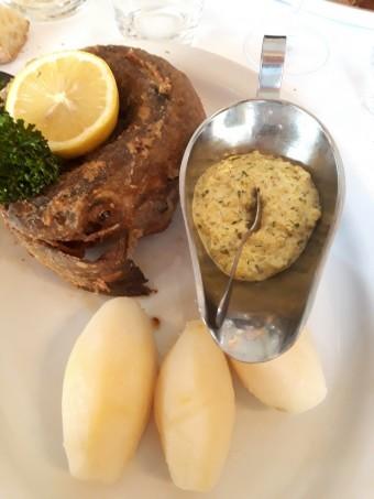 Merlan sauce tartare, pommes vapeur © Gourmets&co