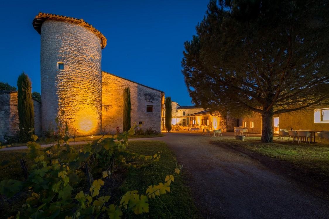 Chateau-Salettes-Terrasse-4