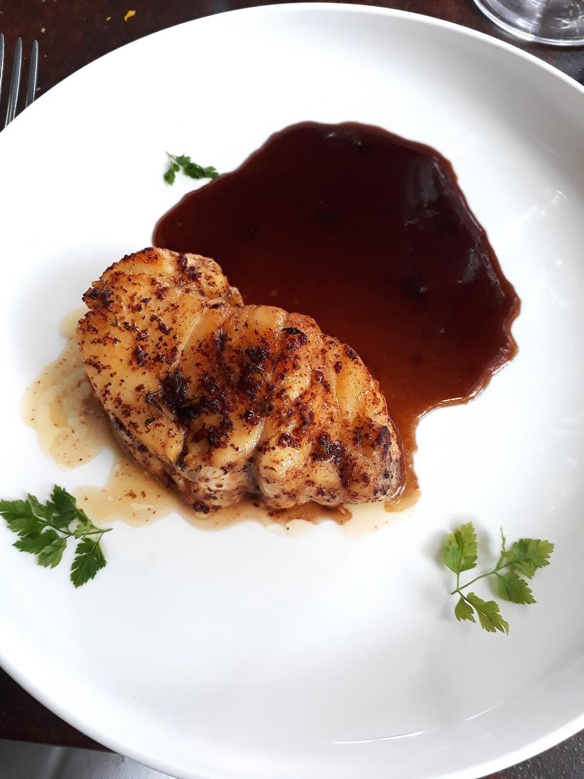 Tronçon de lotte, sauce matelote © Gourmets&co