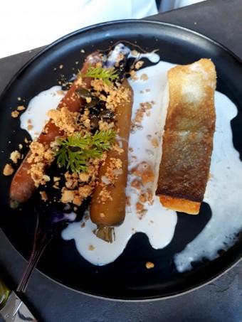 Cabillaud, crème liquide lait de coco, carottes © Gourmets&co