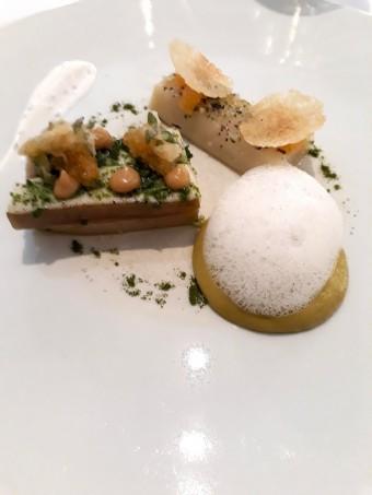 L'Omble Chevalier, poireaux fumés... © Gourmets&co