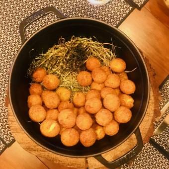 Cromesquis de pommes de terre fumées © Olivia Goldman