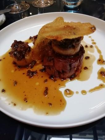Agneau confit, pommes de terre, jus d'olives © Gourmets&co