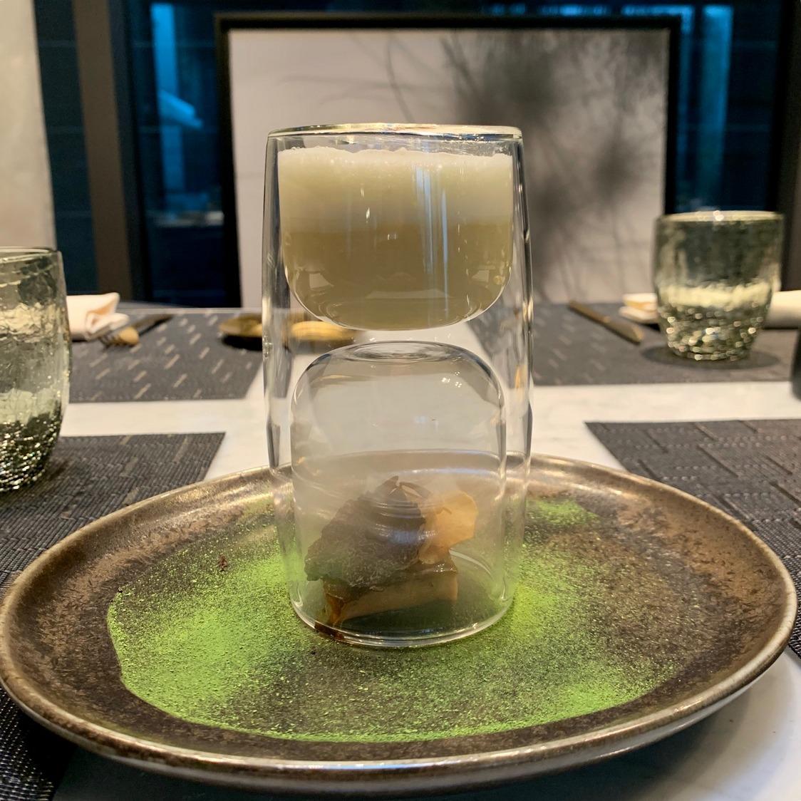 Crémeux de topinambours, foie gras.._ © Olivia Goldman