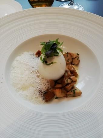 L'œuf mollet, cèpes © Gourmets&co