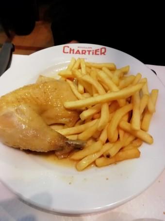 Poulet rôti, frites © Gourmets&co .j