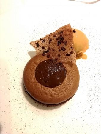 Tarte soufflé au cacao, épices © Gourmets&co