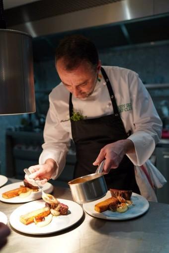 Frédéric Duca et son plat de bœuf irlandais. Fameux.