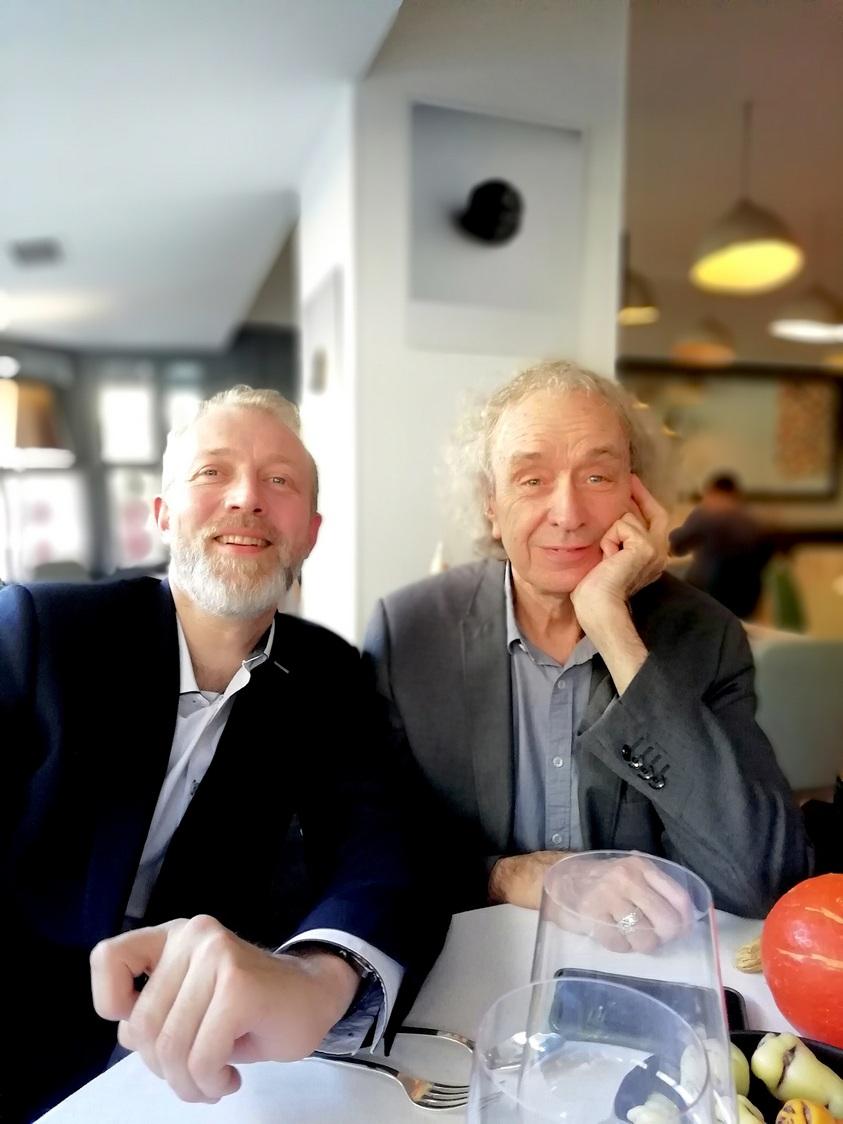 Laurent Lapaire chez Agapé avec un jeune journaliste plein d'avenir © Gourmets&co .