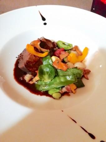 Paleron, légumes saison © Gourmets&co .