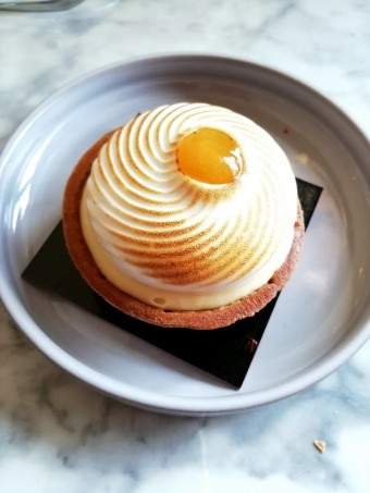 Tartelette citron meringuée © Gourmets&co