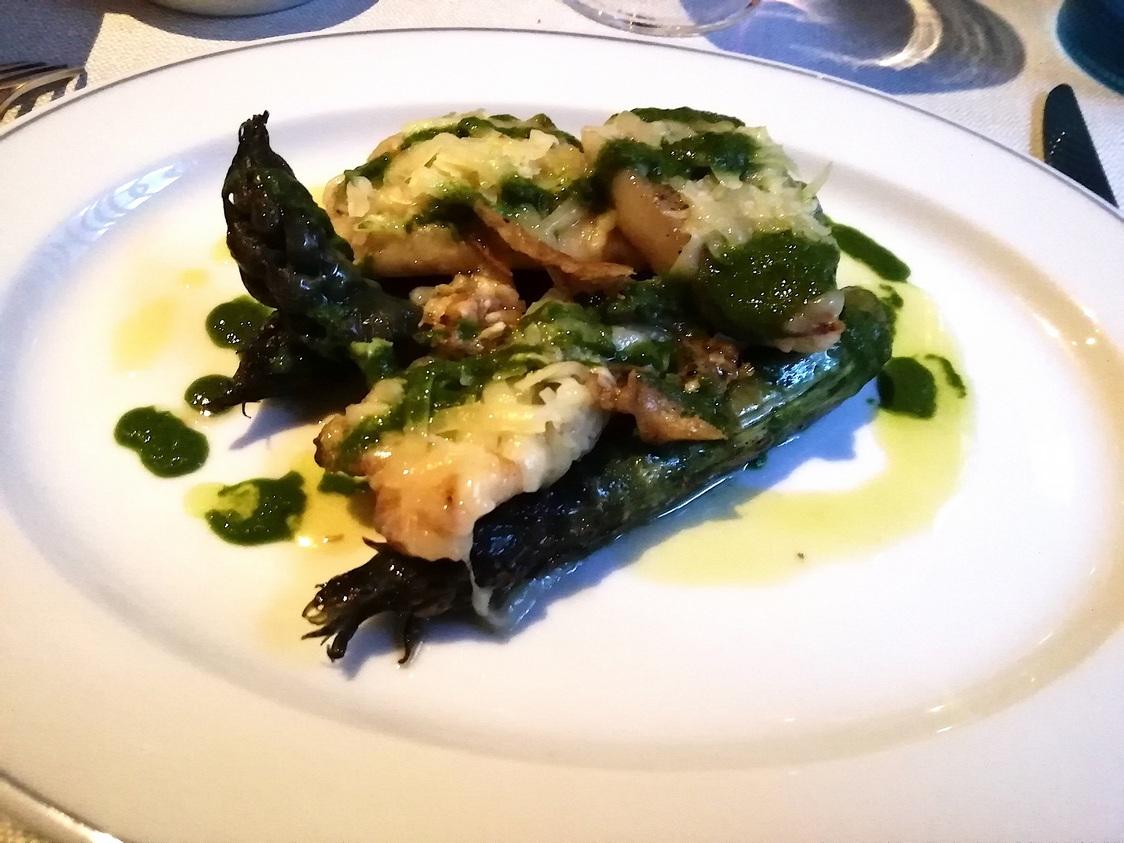 Saint-Pierre, asperges vertes © Gourmets&co