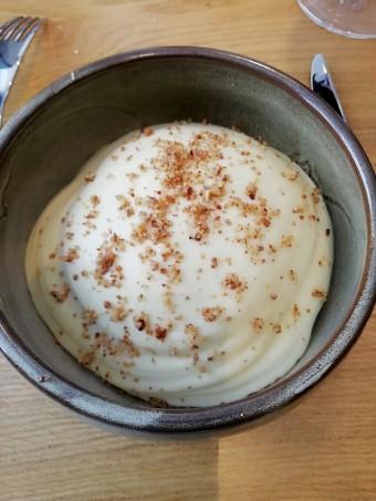 Merlu rôti, pommes de terre fumées au hêtre © Gourmets&co