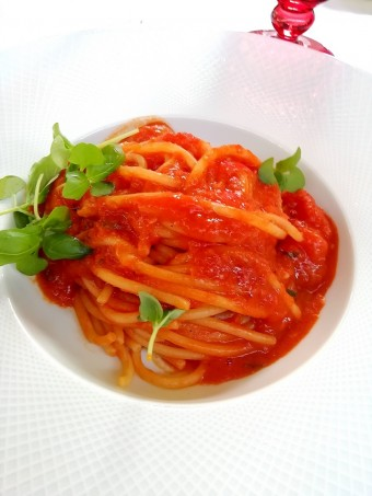 Spaghetti n°12, tomates, basilic © Gourmets&co .