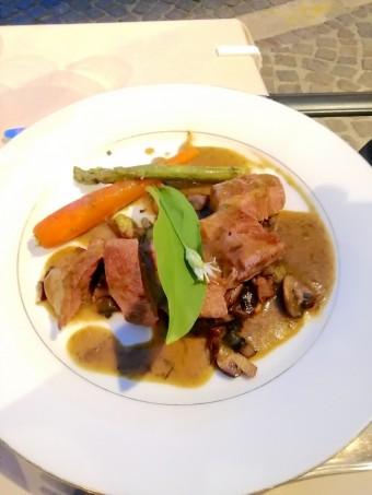 Agneau, jus de rôti à l'ail d'ours © Gourmets&co.j pg