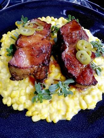 Porc noir de Bigorre, crème de maïs © Gourmets&co