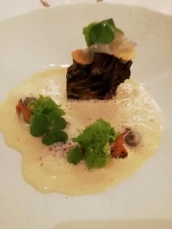 Poule des bois, girolles © Gourmets&co