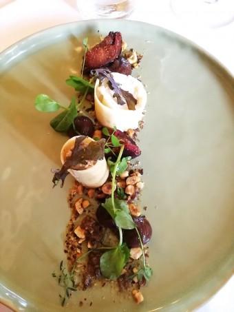 Crème fromage frais, noisettes, figues © Gourmets&co