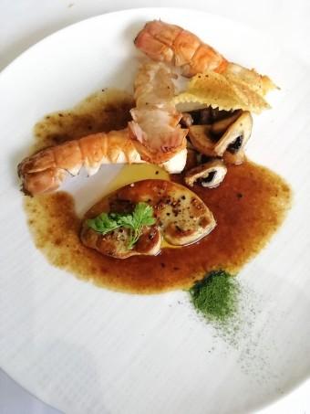 Foie gras poêlé, langosutines Gourmets&co